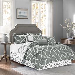 7-Piece Reversible Geometric Galaxy Comforter Set Oversized