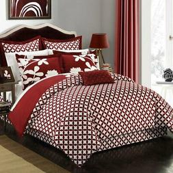 Ayesha Reversible Comforter Set by Chic Home