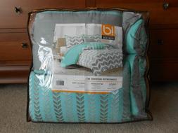 Intelligent Design ID10-232 Naida 5 Piece Comforter Set44; T