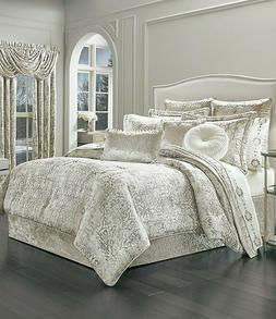 J Queen Queen New York Paloma Comforter Set in Gold