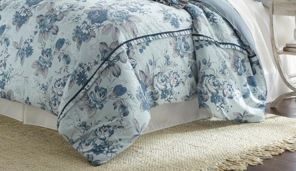 8 Piece Comforter FarmHouse Queen/King
