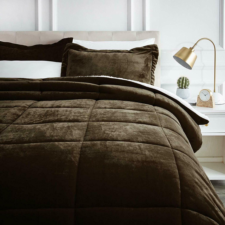 amazonbasics micromink sherpa comforter set ultra soft