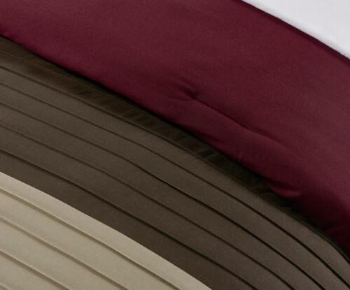Chezmoi Luxury Striped Pleated Comforter