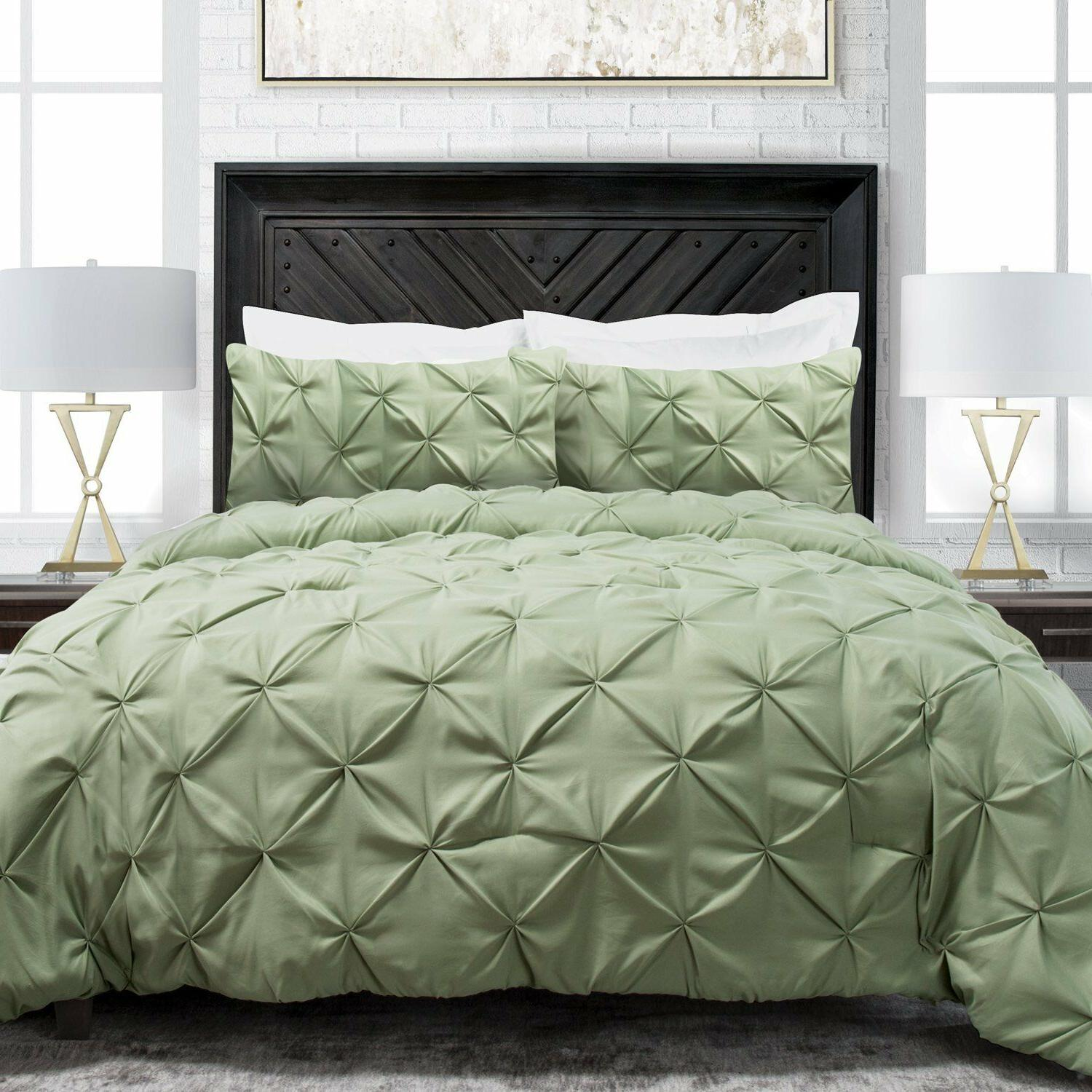 Sleep Restoration Pinch Pleat 3-Piece Luxury Goose Down Alte