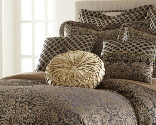 Valencia 9-piece Oversized Comforter Curtain Set