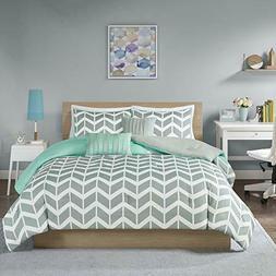 Intelligent Design Nadia Comforter Set