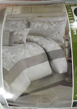 NEW Queen 6-pcs Comforter Set, Light Gray, Comforter, Shams,
