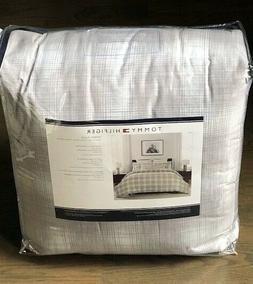 TOMMY HILFIGER Ombre Plaid Gray  TWIN /TWIN XL Comforter SET