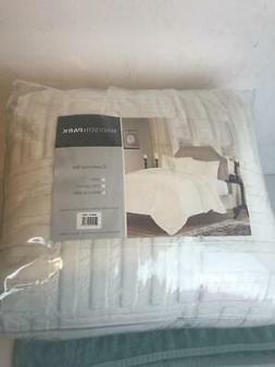 Comfort Classics Polar Fur Down Alternative Comforter Mini S
